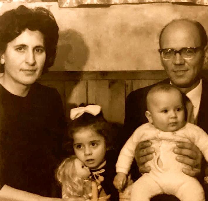 Familja e Napoleon Tasit
