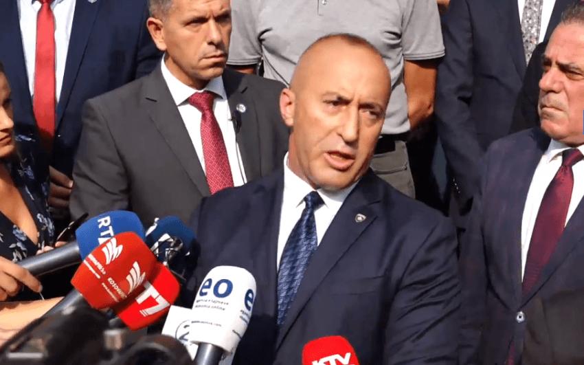 Haradinaj duke dhënë dorëheqjen