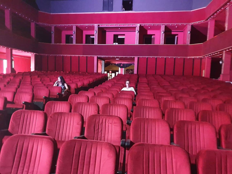 Legjitimimi i shfaqjeve ne Teatrin Kombetar prej dates 27 korrik 2019