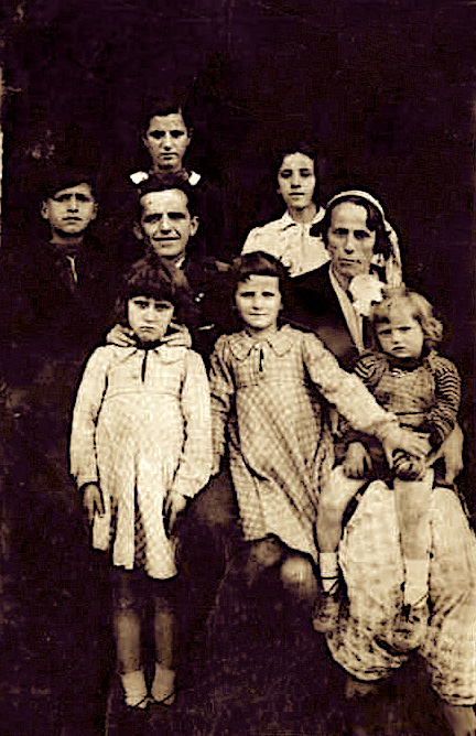 Familja Vushmaqi - Tirane - 1941