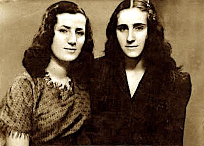 Motrat Vitorja dhe Rexhina - Durres 1947