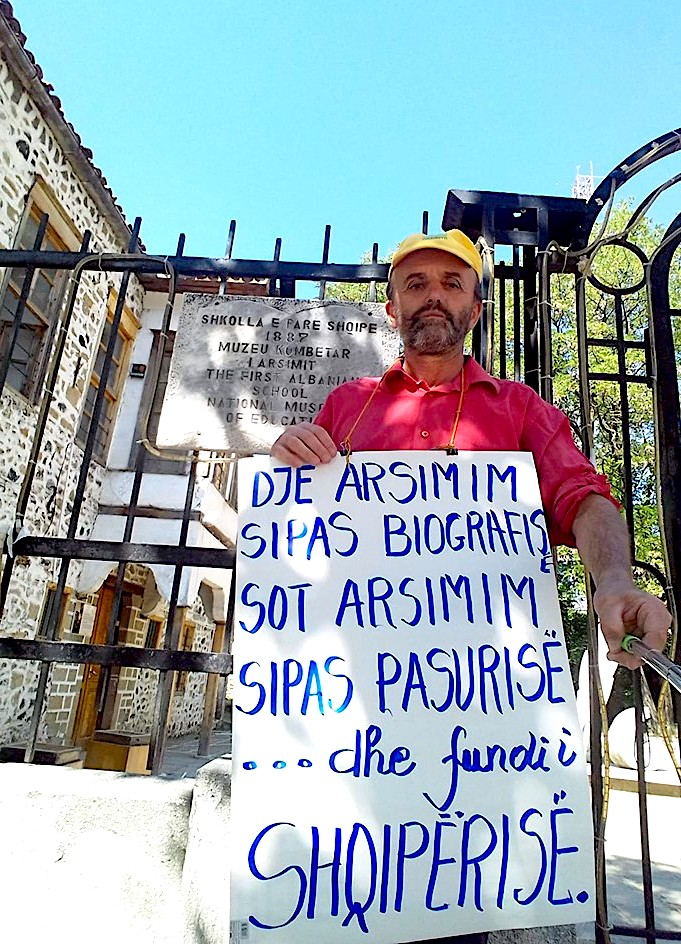 Vetmitari i Protestës Dinjitoze 3