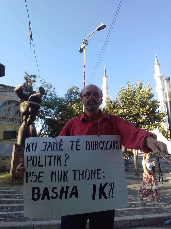Vetmitari i Protestës Dinjitoze 6