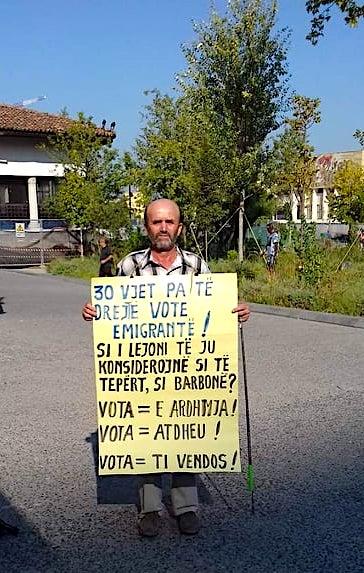 Vetmitari i Protestës Dinjitoze 8