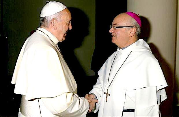 Papa Françesku dhe Imzot Frendo