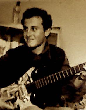 Artur Kice dhe pasioni i tij për kitarrën