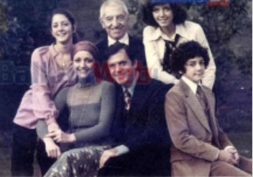 Hasan Dosti dhe Familja e Luan Dostit