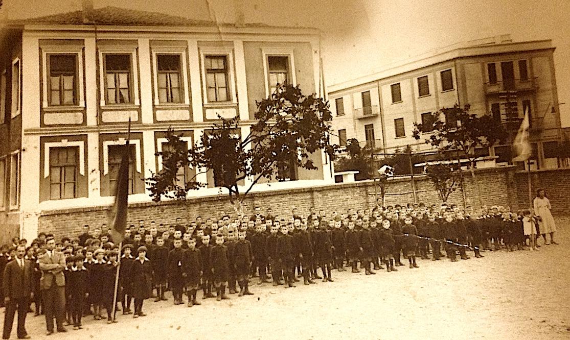 Nxënësit e shtëpisë së fëmijës Tiranë 1937