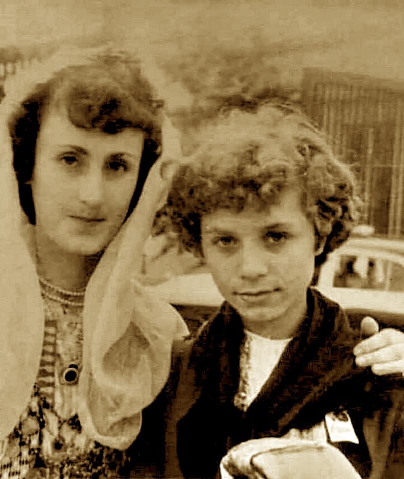 Anita Take & Vaçe Zela, nga fundi i viteve '50