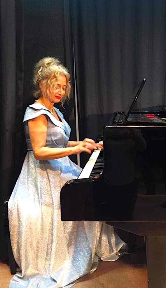 Pianistja Ermira Lefort