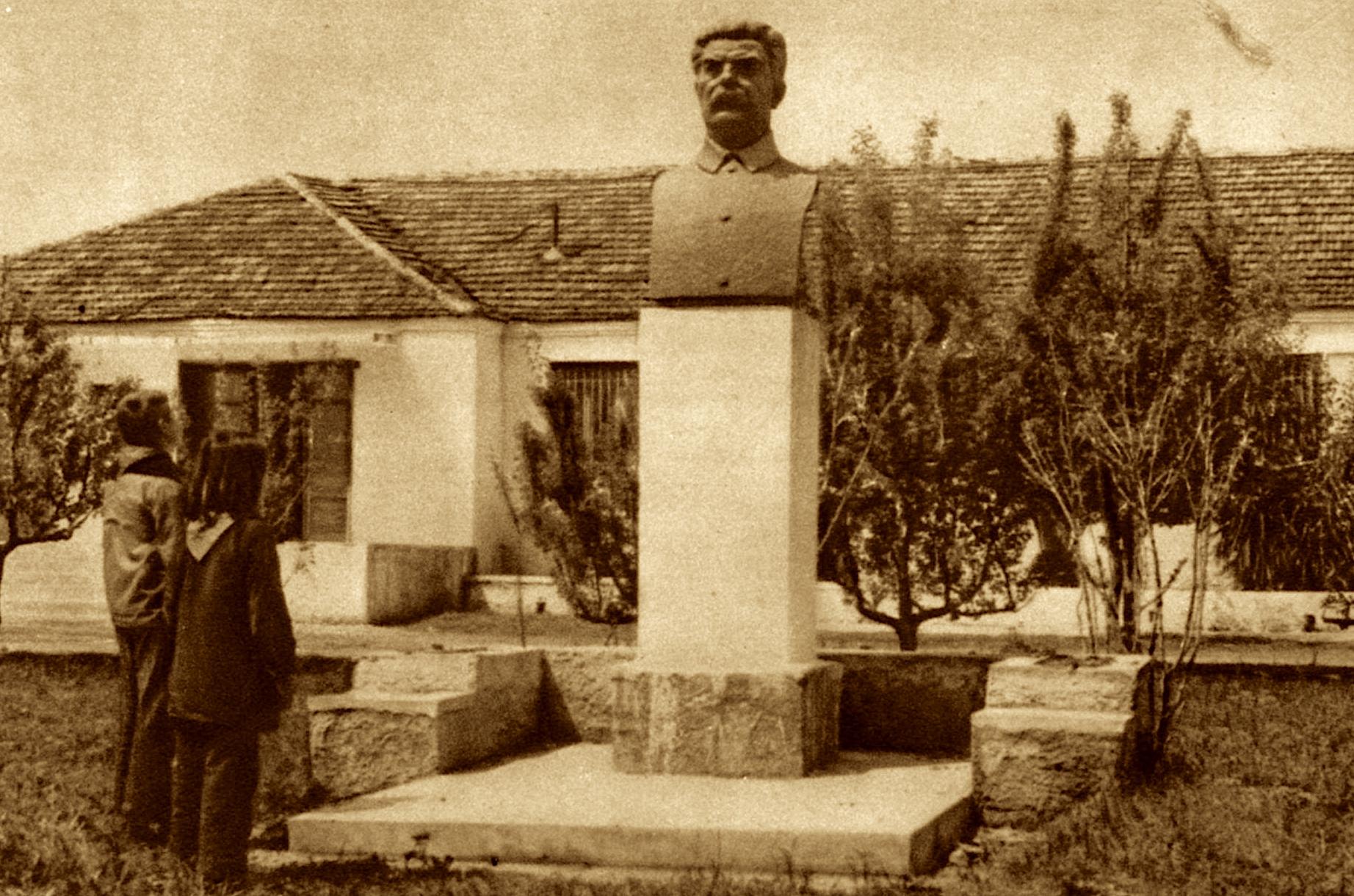 Baba Stalini (1946-1991) - i Kooperativës së Parë shqiptare - Krutje