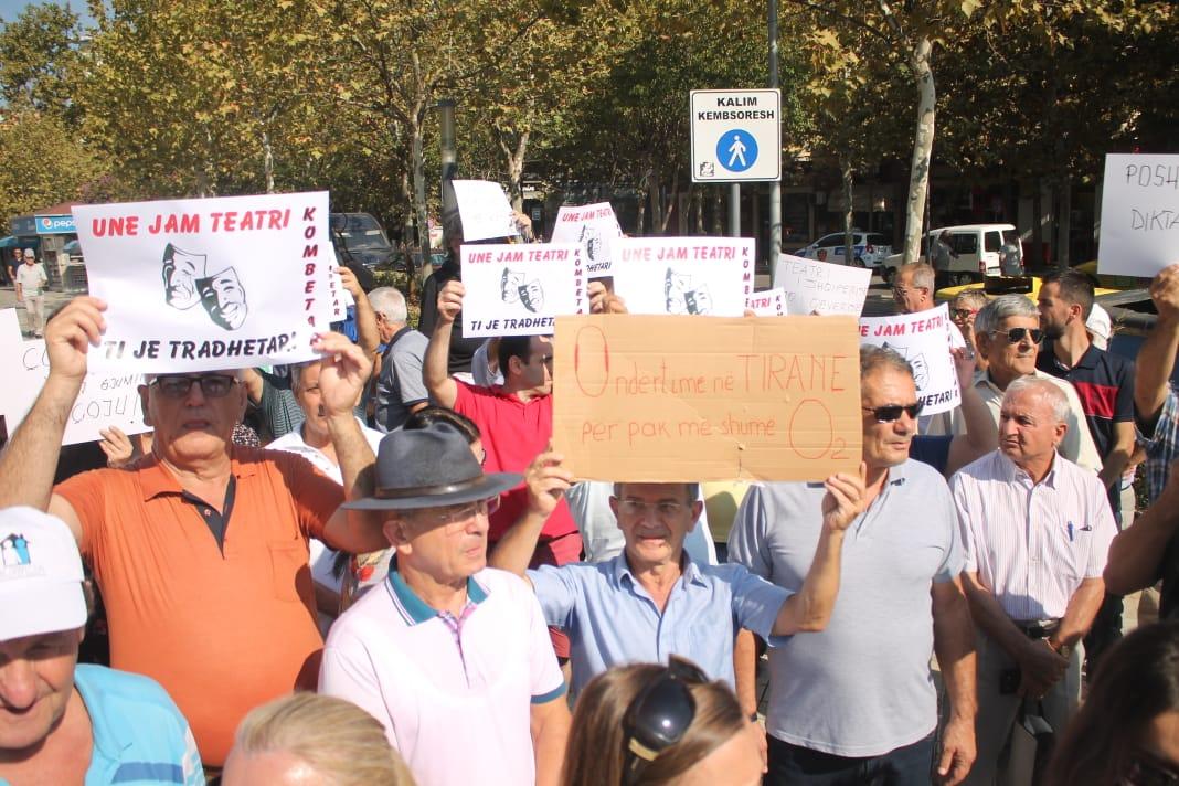 Protesta per Teatrin