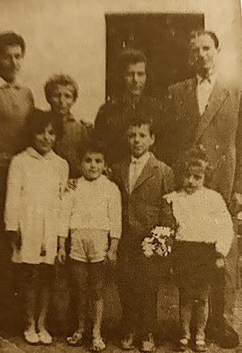 Familja e Marijes dhe 6 fëmijët e saj