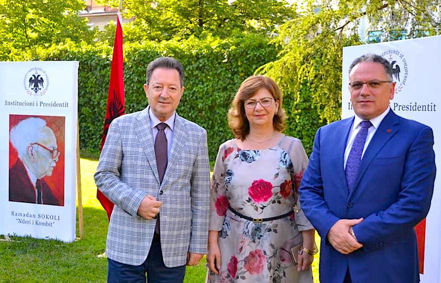 Familja Sokoli në Presidencë