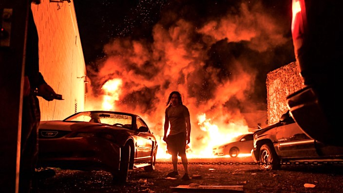 Amerika ne flake, per vrasjen e George Flloyd 2020