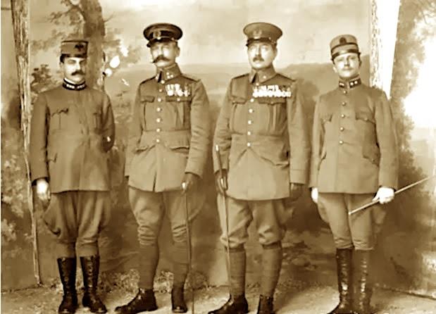 Ushtarakë Hollandezë me mision në Shqipëri mbas Pavarsisë