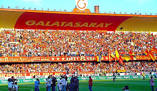 """Stadiumi """"Ali Sami Yen"""" i Gallatasaray"""