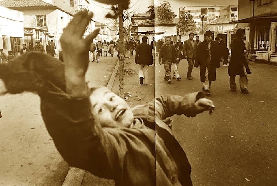 Tirana e fillimviteve '90