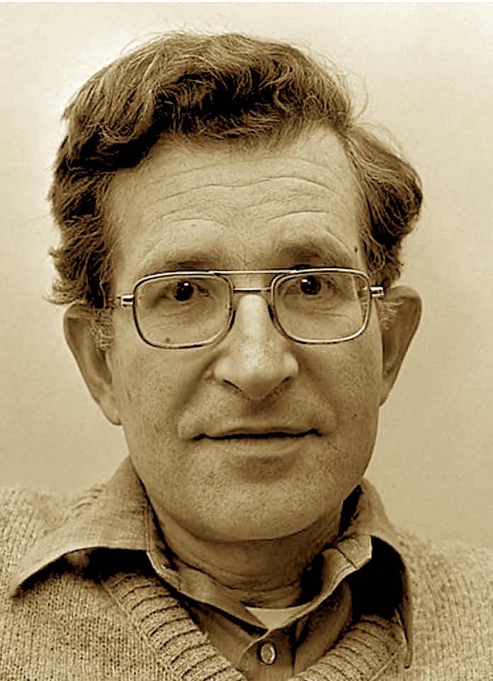 Noam Chomsky në 1977, si profesor universiteti në MIT dhe eminence e lingustikes