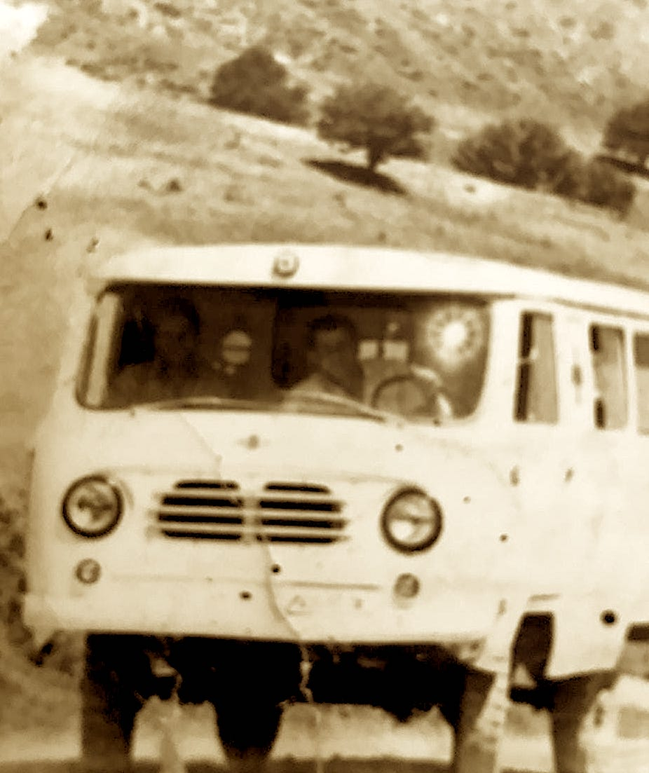 Ambulanca e Spitalit Peshkopi me shofer Hamdi Kacani,