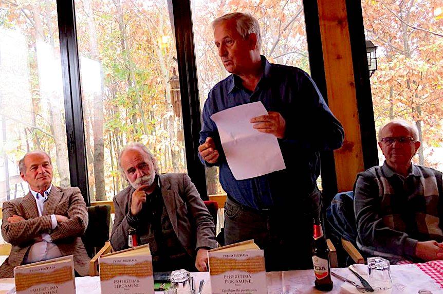 Dan Musliu duke diskutuar... mes Anton Berishës e Prend Buzhalës