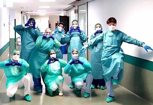Mjeket dhe beteja me Coronavirusin