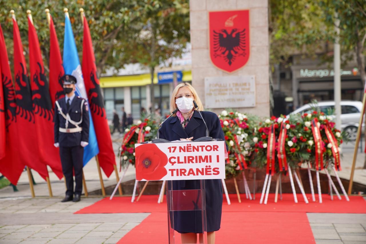 Nënkrytarja e Parlamenti dhe Juristja Vasilika Hysi në përkujtim të 17 Nëntorit 1944