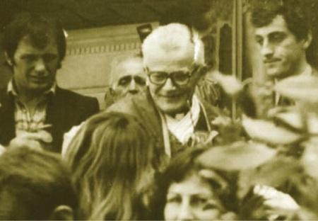 Dom Simon Jubani gjatë meshës  nëntor 1990
