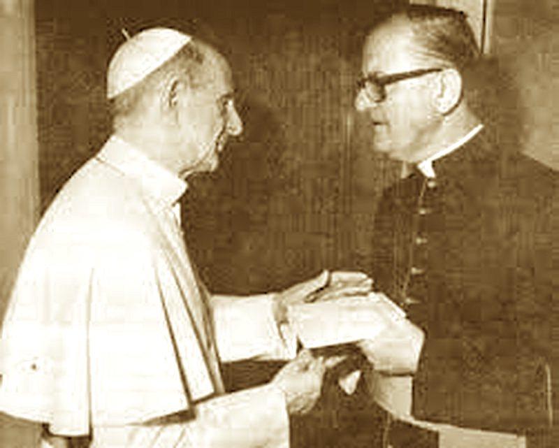 Papa Pali i Vi dhe Mons. Oroshi