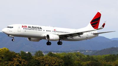 Air Albania dhe Aeroporti i Rinasit