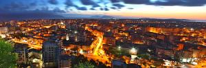 Pamje e Vlorës në mbrëmje