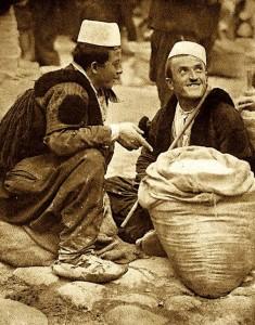 Tregu i dikurshëm i Tironës