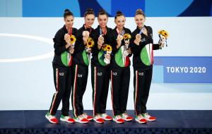 Martina Centofanti, Agnese Duranti, Alessia Maurelli, Daniela Mogurean, Martina Santandrea - Medalje Bronzi - Gjmnastike Ritmike