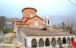 """Kisha """"Lindja e Shën Marisë"""" Labovë e Kryqit, pas restaurimit më 2018"""