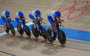 Francesco Lamon, Simone Consonni, Jonathan Milan &Filippo Ganna - Medalje Ari - Skuadra e çiklizmit ne piste