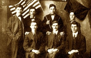 Komuniteti shqiptar i Amerikës mes tyre Kostë Cekrezi