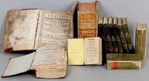 Libra të shkruar në latinisht